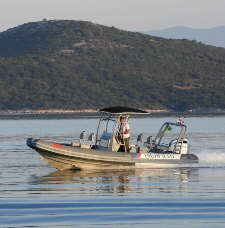 Speedboat airport transfers